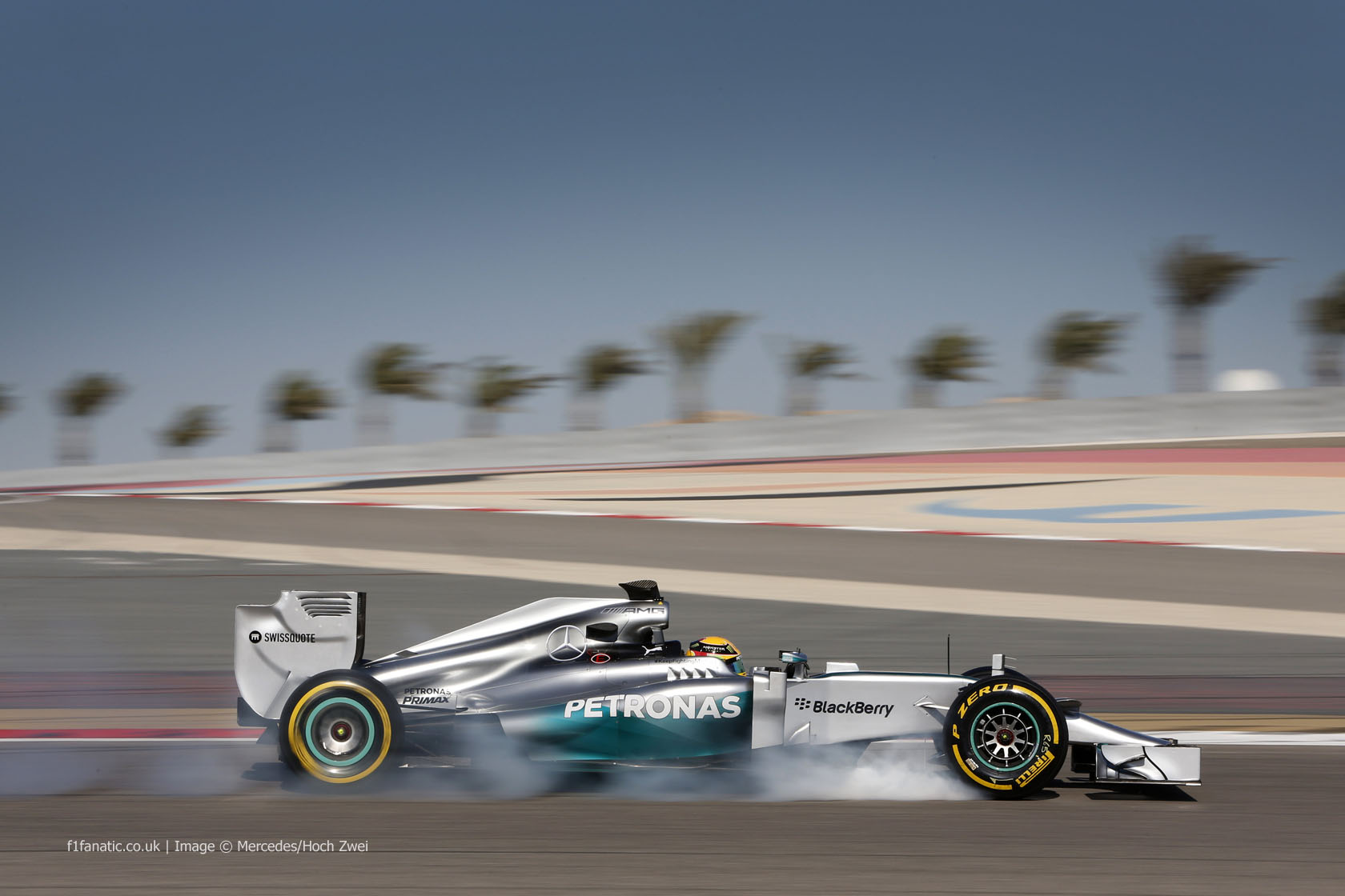 Lewis Hamilton Bahreini testisõidul